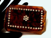 Vintage Mavco 1940's ladies amber Lucite powder compact