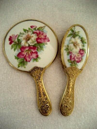 Antique Victorian vanity hand mirrorb rush set with daylilies