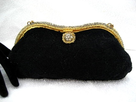 Vintage 1930 1940 Freddy of Paris French designer black beaded and rhinestone frame evening purse