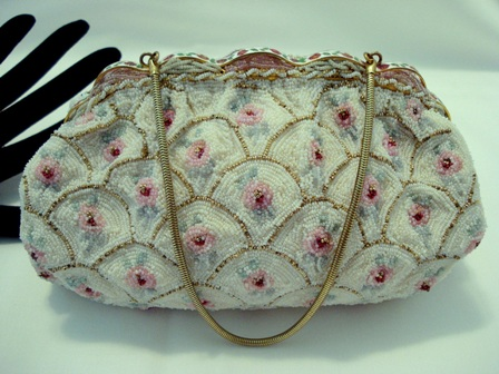 Vintage Freddy of Paris designer beaded evening purse