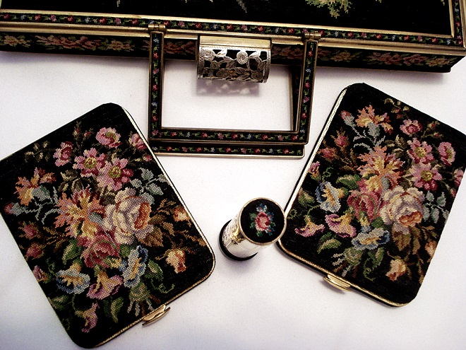 Petit point compact, card case, lipstick Maria Stransky