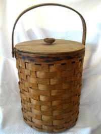 Early 1900 tall splint gathering basket with bail handle and lid